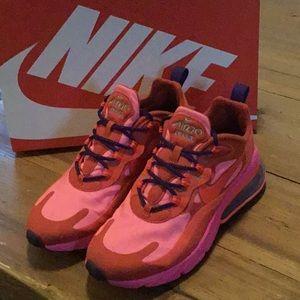 Nike Air 270 React- Women's 7.5